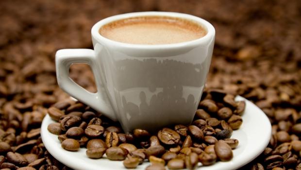 Πώς η κατανάλωση καφεΐνης βοηθά στην άσκηση