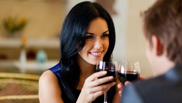 Τα 6 λάθη που θα πρέπει να αποφύγεις στο πρώτο ραντεβού (για γυναίκες)