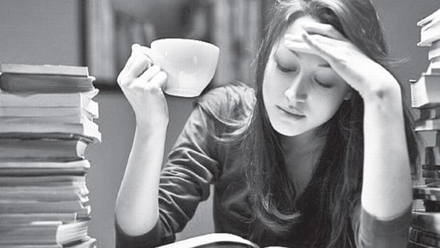 Τι να αποφύγεις στη διατροφή σου πριν τις εξετάσεις