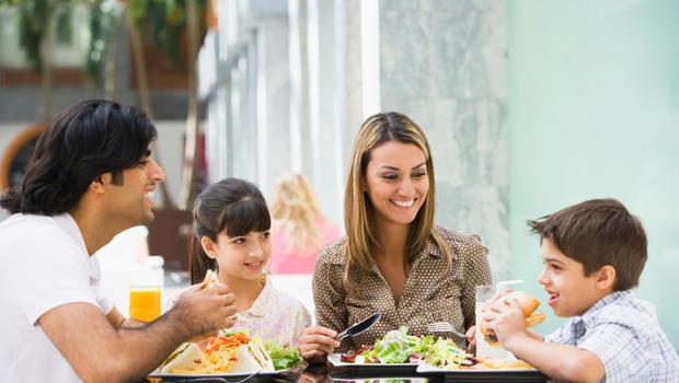 Πολύτιμες συμβουλές για τα φαγητά εκτός σπιτιού