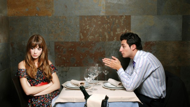 5 πράγματα που προσέχουν οι γυναίκες στο πρώτο ραντεβού