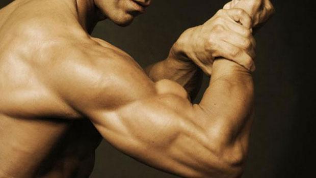 3 αποτελεσματικές ασκήσεις για σφιχτούς τρικεφάλους
