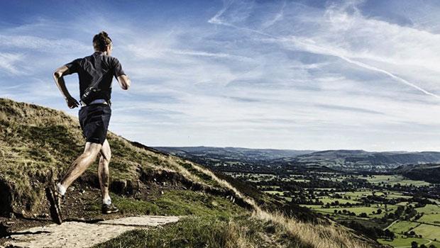 Ξεκίνησες τρέξιμο; Χρήσιμα tips για να κάψεις πιο γρήγορα θερμίδες