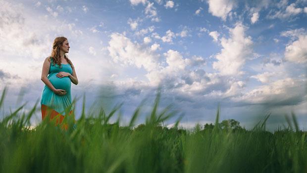 Ζέστη και εγκυμοσύνη – Πώς να γυμναστείτε;