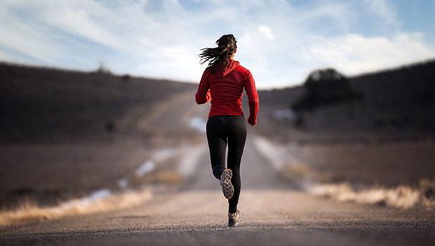 Χτίσε αντοχή και φυσική κατάσταση τρέχοντας με διαλείμματα