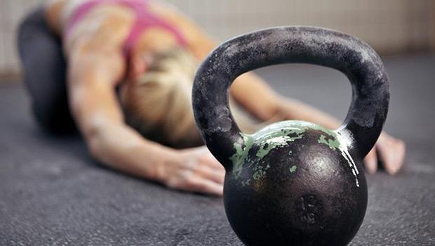 Βελτίωσε τη φυσική σου κατάσταση χρησιμοποιώντας Kettlebell