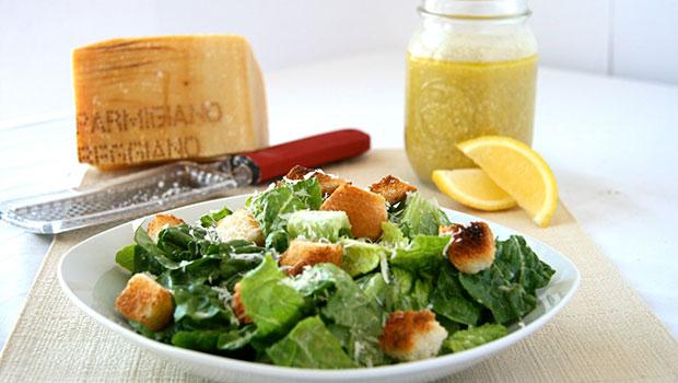 Σως με λίγες θερμίδες για τις σπιτικές σαλάτες