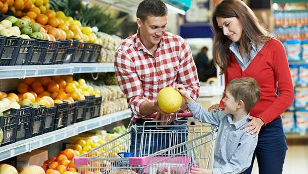 Πως να οργανώσεις σωστά τη διατροφή σου με λίγα χρήματα