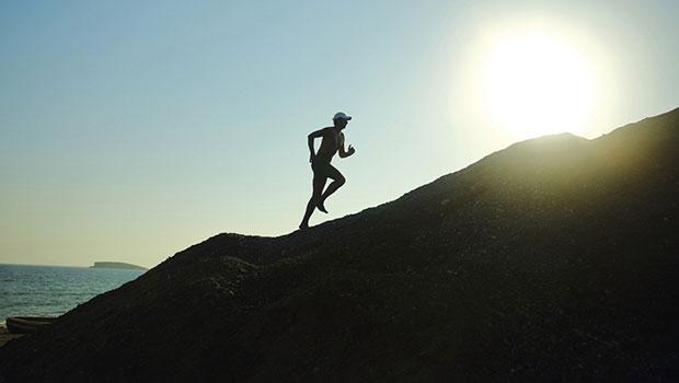 Τρέξιμο σε ανηφόρα – 4 σημαντικές συμβουλές