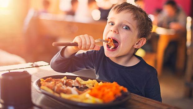 Πόσα λιπαρά πρέπει να τρώει το παιδί;