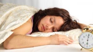 Ποιες τροφές προκαλούν αϋπνία;