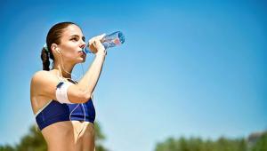 Έλεγχος της ενυδάτωσης για καλύτερη υγεία και αθλητική απόδοση