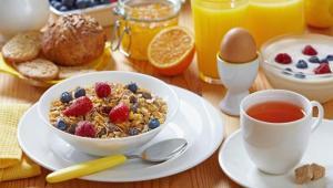 Πλούσιο πρωινό: Βοηθάει πάντα;