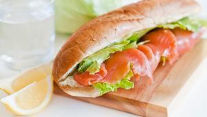 Σάντουιτς με σολoμό