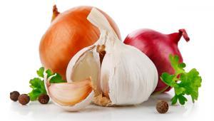 Σκόρδο και κρεμμύδι: Προσθέτουν γεύση, ωφελούν την υγεία